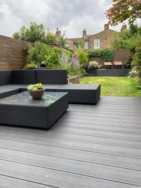 ALS London Hollow Composite Decking